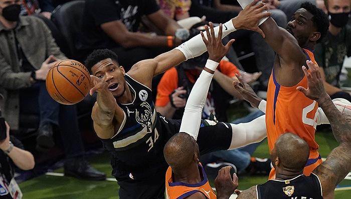 Milwaukee Bucks won NBA championship again after 50 years